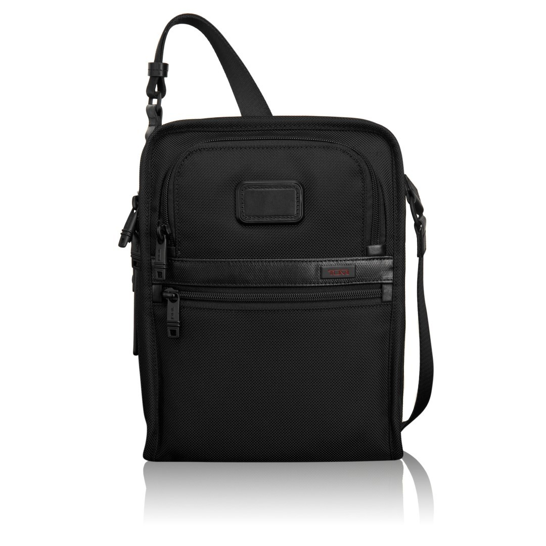 tumi alpha 2 organized travel tote 22116 black