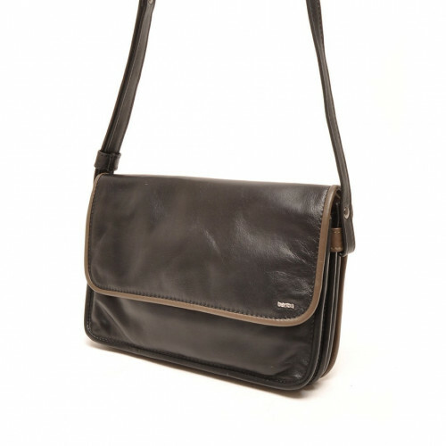 Berba SOFT FLAP BAG MEDIUM, 005-517 in de kleur 14 black - taupe 8719323200357