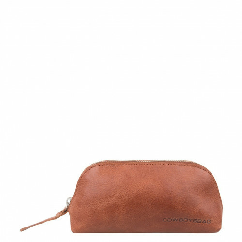 Cowboysbag GOING STEADY PENCIL CASE HALSTEAD, 1604 in de kleur 300 cognac 8718586575165