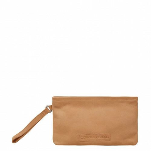 Cowboysbag EASY GOING BAG FLAT, 1908 in de kleur 350 caramel 8718586583931